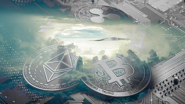 moederbord met daarop de Bitcoin en Ethereum