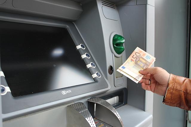 crypto.com review geld opnemen met hun crypto visa kaart